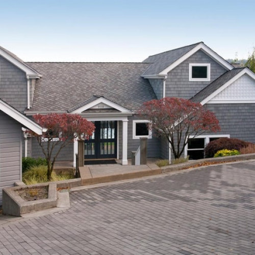 Contemporary Gig Harbor Waterfront