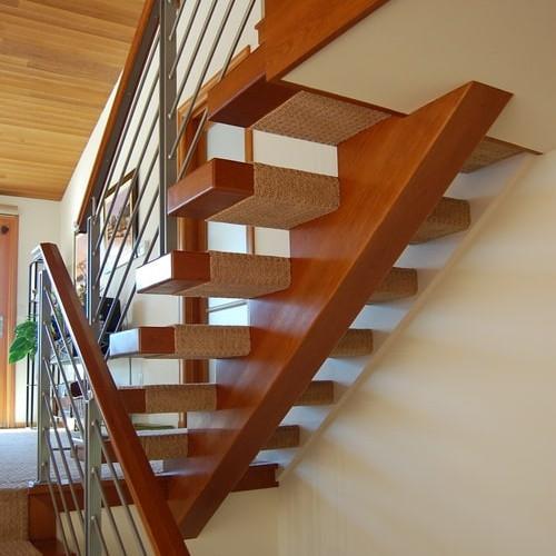 East Lake Sammamish – Kitchen & Stair