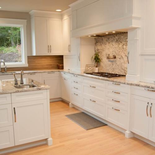 Ravensdale – Kitchen & Living
